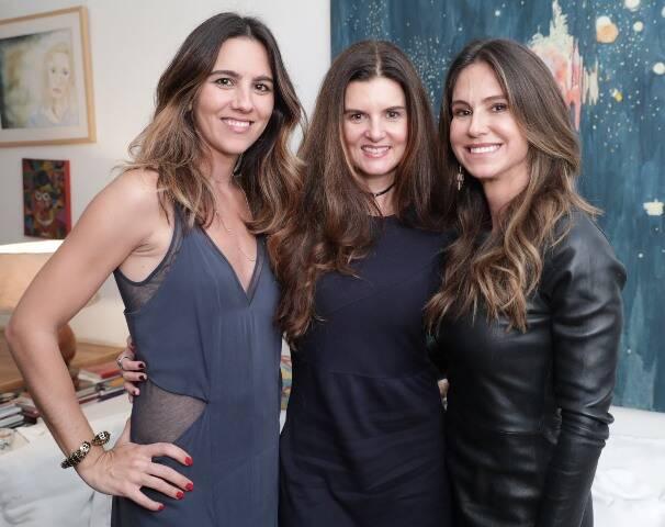 Camila Ferreira Leite, Manuela Noronha e Gilda Amado