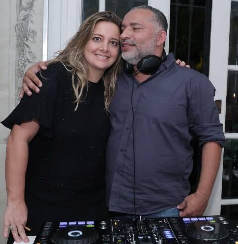 Chris Pasqualette e o DJ Papagaio
