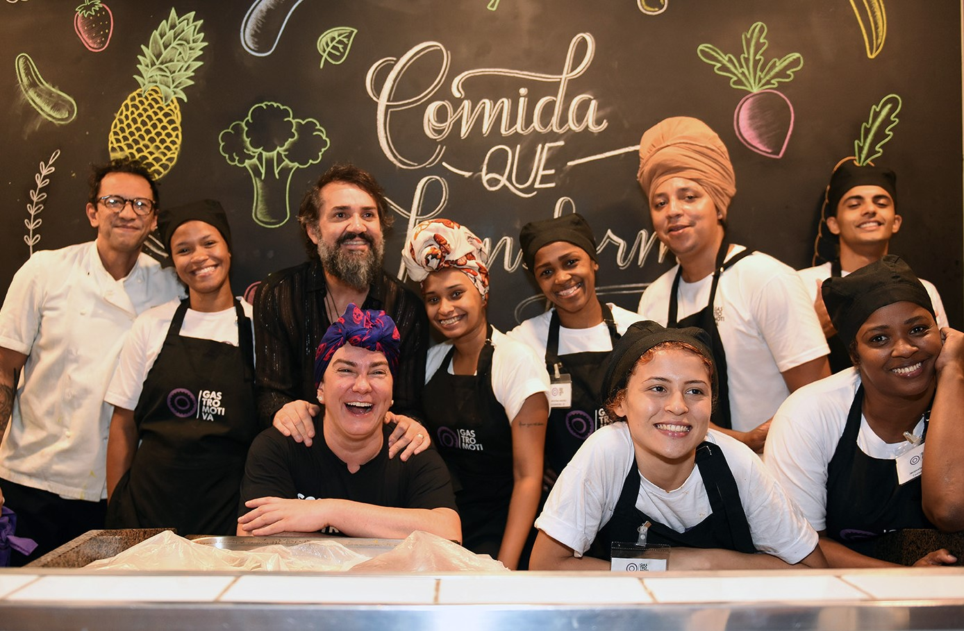 Beto Silva com a equipe Gastromotiva /Foto: Juliana Rezende