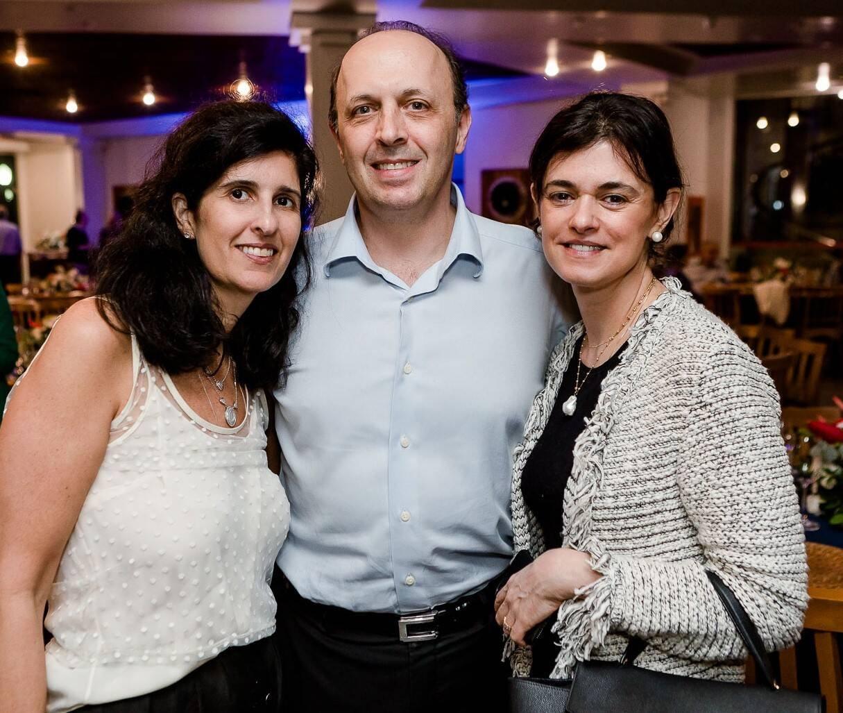 Luciana Seve com Roberto e Teca Dunin /Foto: Bruno Ryfer