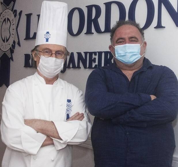 O chef Philippe Brye com Léo Jaime /Foto: Vera Donato