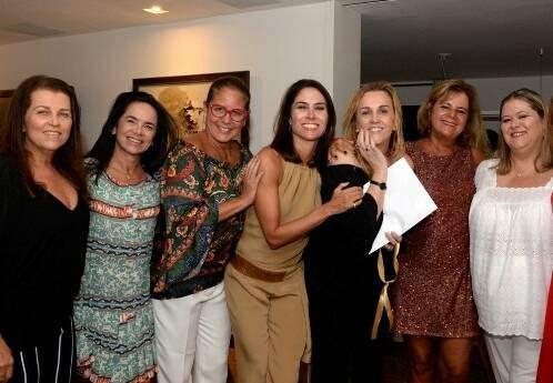 Helena Amorim, Karla Vilar, Denise Manga, Daniela Lacombe, Lucinha Amorim, Fofy Luz e Suzana Portella