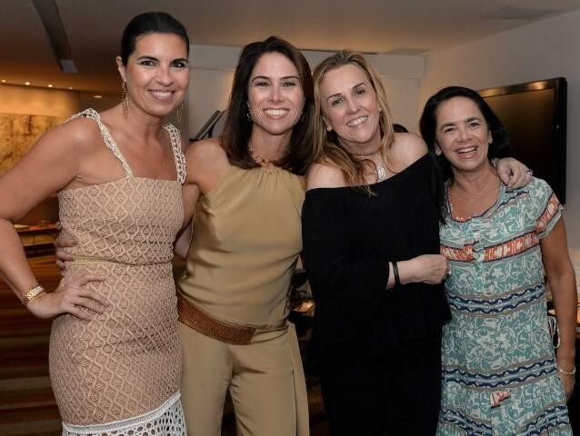 Cris Ferracciu, Daniela Lacombe, Lucinha Amorim e Carla Vilar