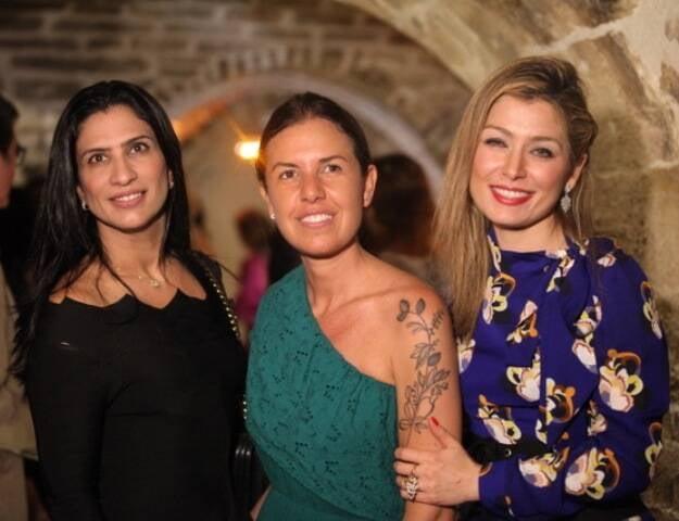 Erika Queiroz, Morena Leite e Marina Giuberti