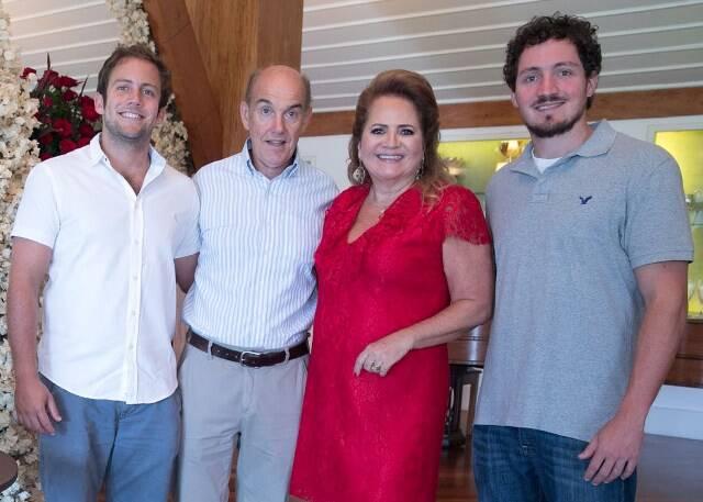 Rafael, Paulo, Renata e Roberto Fraga