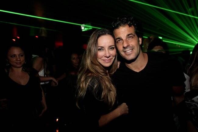 Álvaro Garnero e Cristiana Arcangeli, na Kiss & Fly, em São Paulo