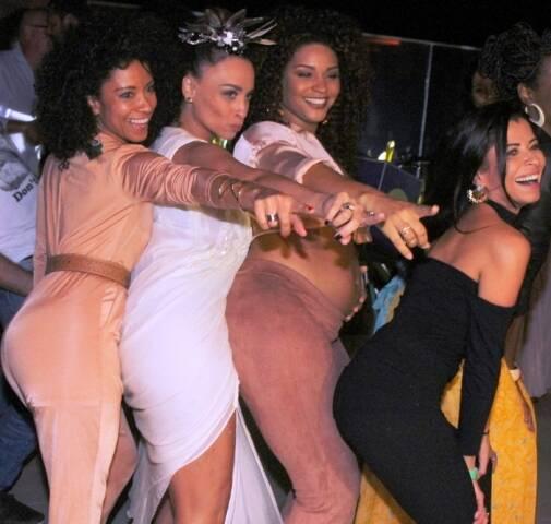 Cinara Leal, Suzana Pires, Juliana Alves e Ana Lima