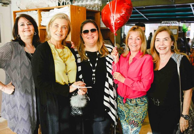 Cynthia Fidalgo, Dioni Saad, Suzana Portella, Thereza de Barros e Constança Castelo Branco