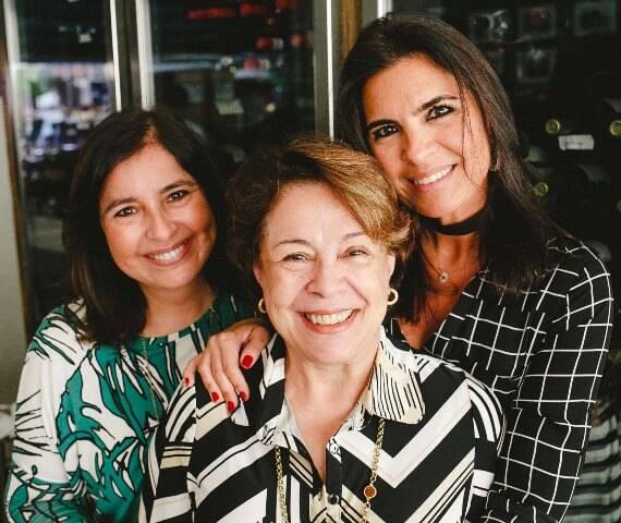 Denise, Aparecida e Cris Ferracciu