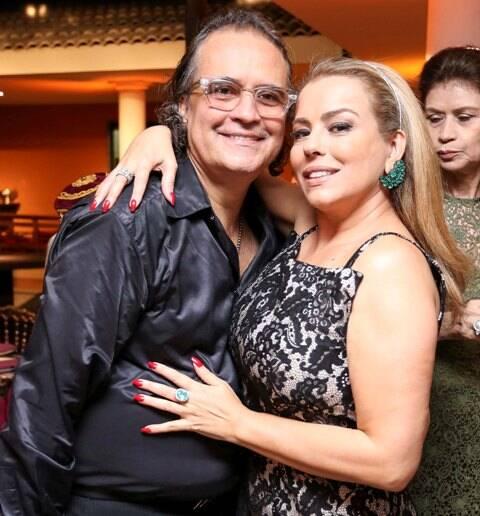 Zé Ronaldo Muller e Ariadne Coelho