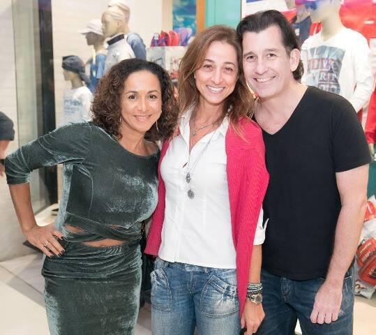 Regina Coelho, Luciana Darin e Alexandre Hockensmith