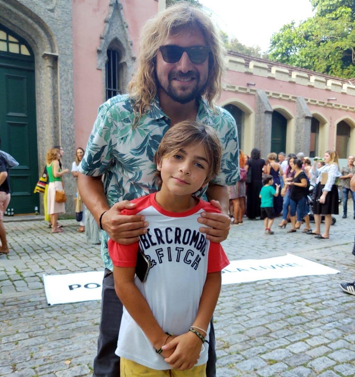 Rodrigo Sha com o sobrinho,  Marc Szwarcwald /Foto: Cristina Granato