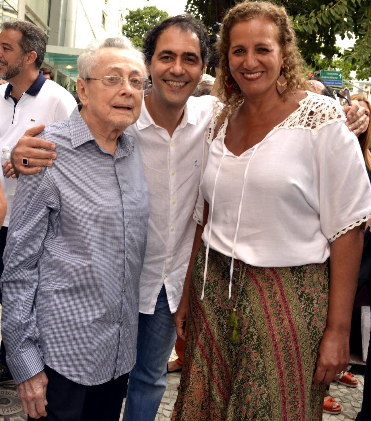Max,  Léo Haus e Jandira Feghali  /Foto: Cristina Granato