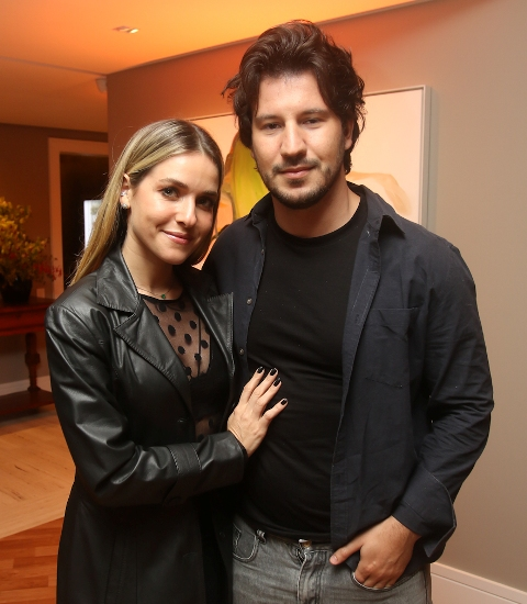 Monique Alfradique e Gabriel Sala