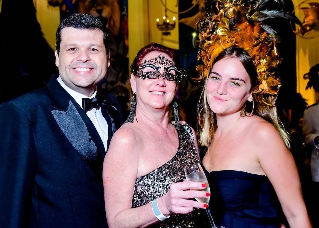 Carlos Lamoglia,  Vanessa e Manuela Carruthers /Foto: MS Fotos