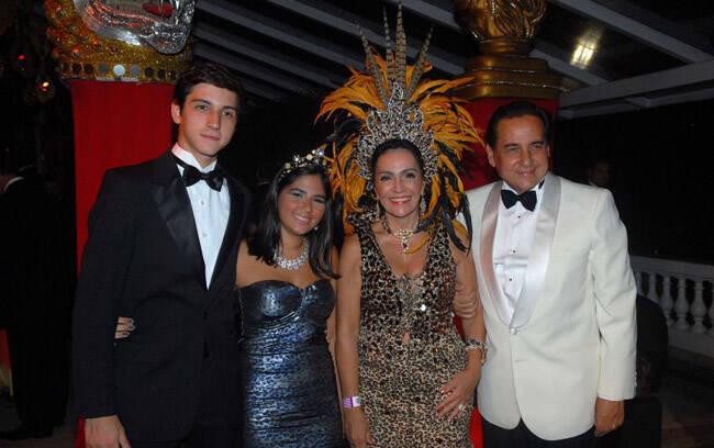 Vitor Rocha, Eduarda Lima, Liliana Rodriguez e Nestor Rocha