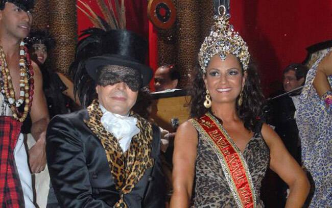 Zeka Marquez, o responsável pela cenografia e Luiza Brunet