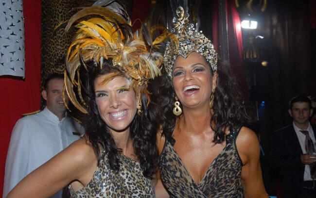 O Baile do Copa ferveu com as oncinhas espalhadas pelo salão. Patrícia Brandão e Luiza Brunet, a Rainha de tudo por ali