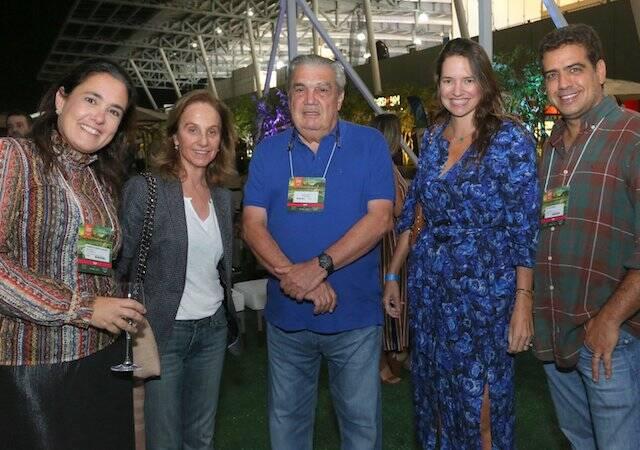 Gabriela Lobato, Maria Pia Mendes de Almeida, Antônio Carlos Lobato, Brenda Valansi e Arthur Borges