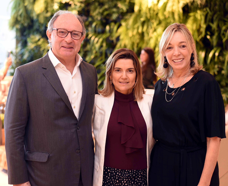 Marcel Rivkind, Flavia Marcolini e Anette Rivkind/ Foto:  Ary Kaye