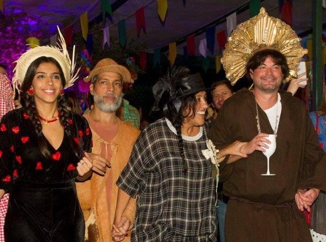 Benedita Casé Zerbini, Estevão Ciavatta, Regina Casé e Miguel Pinto Guimarães