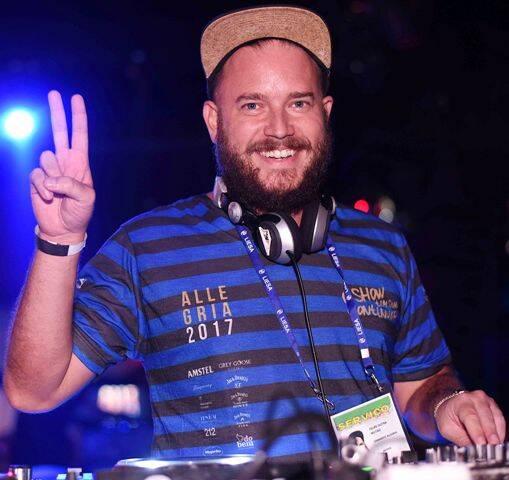 O DJ Felipe Guga