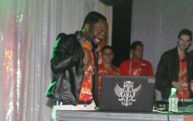 O rapper, DJ e faz-tudo, Will.I.Am, que agitou por ali