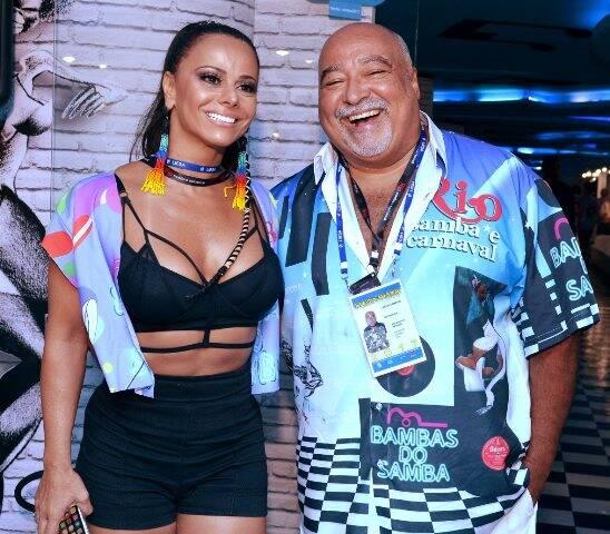 Viviane Araújo e Carlos Sampaio
