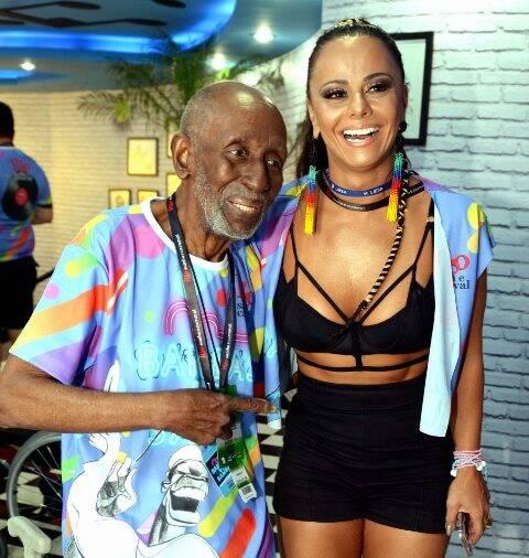 Nelson Sargento e Viviane Araújo