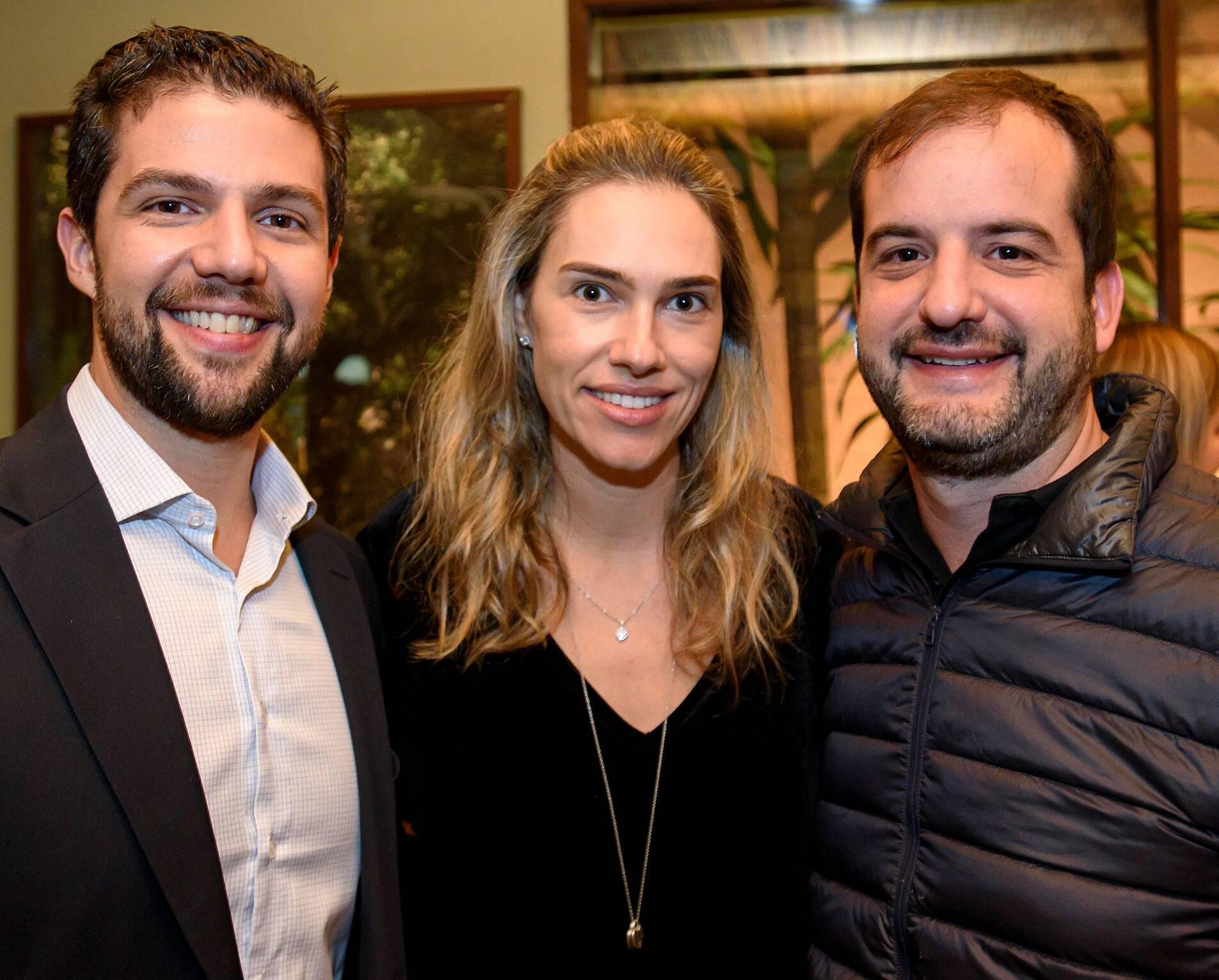 Mateus Gogoy , Carolina Niemeyer e Rafael Biselli / Foto: RicaLucas
