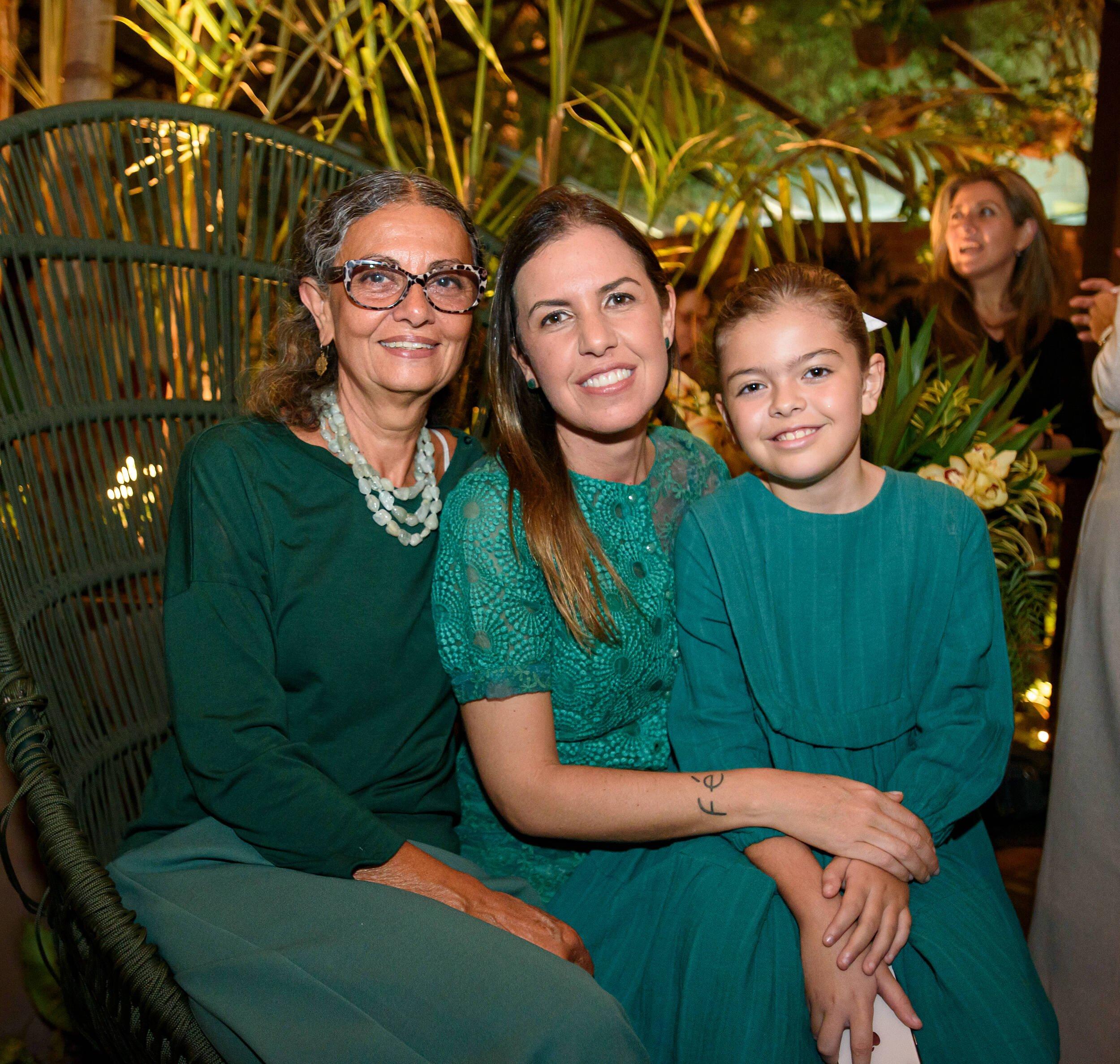 As três gerações: Sandra Marques, Manuela Leite, Morena Leite / Foto: RicaLucas