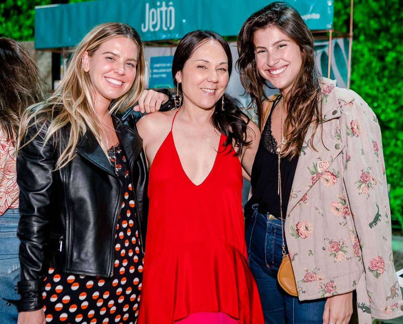 Nathalia Medeiros,  Tati Accioli e Lara D'ávila  /Foto: Bruno Ryfer