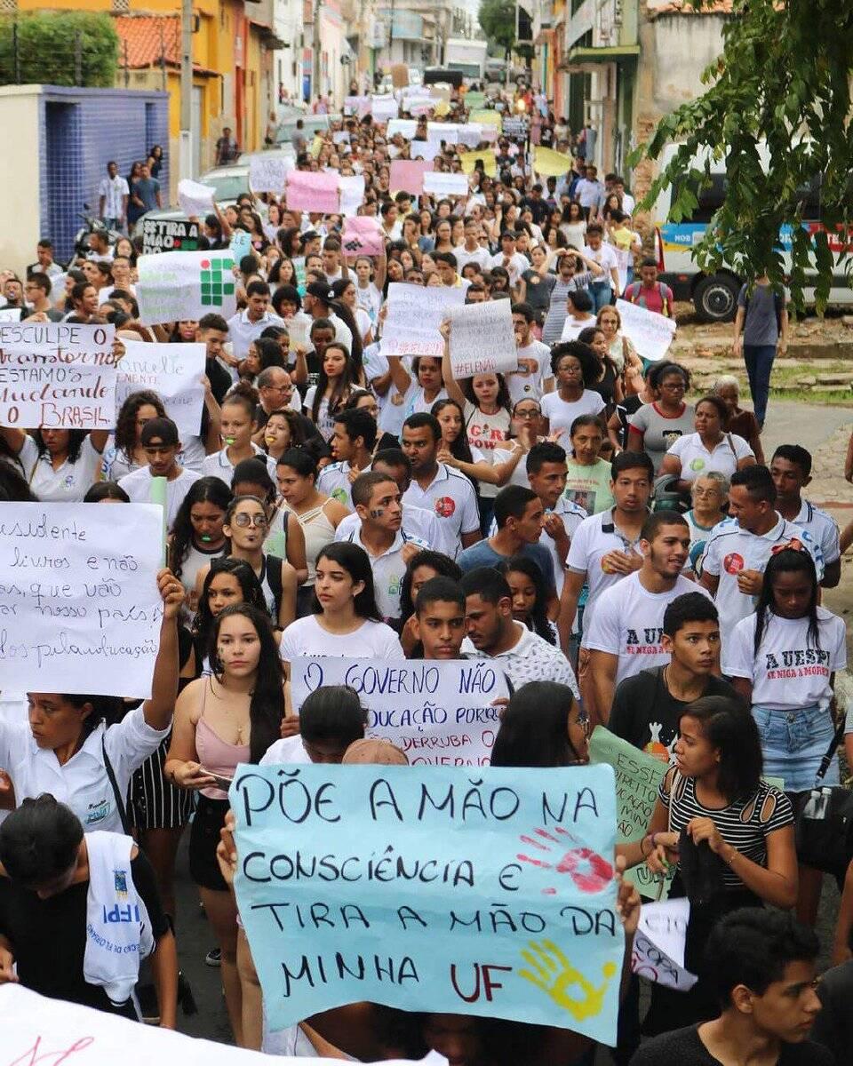 As ruas do Brasil foram tomadas nesta quarta (15/05) /Foto: Reprodução