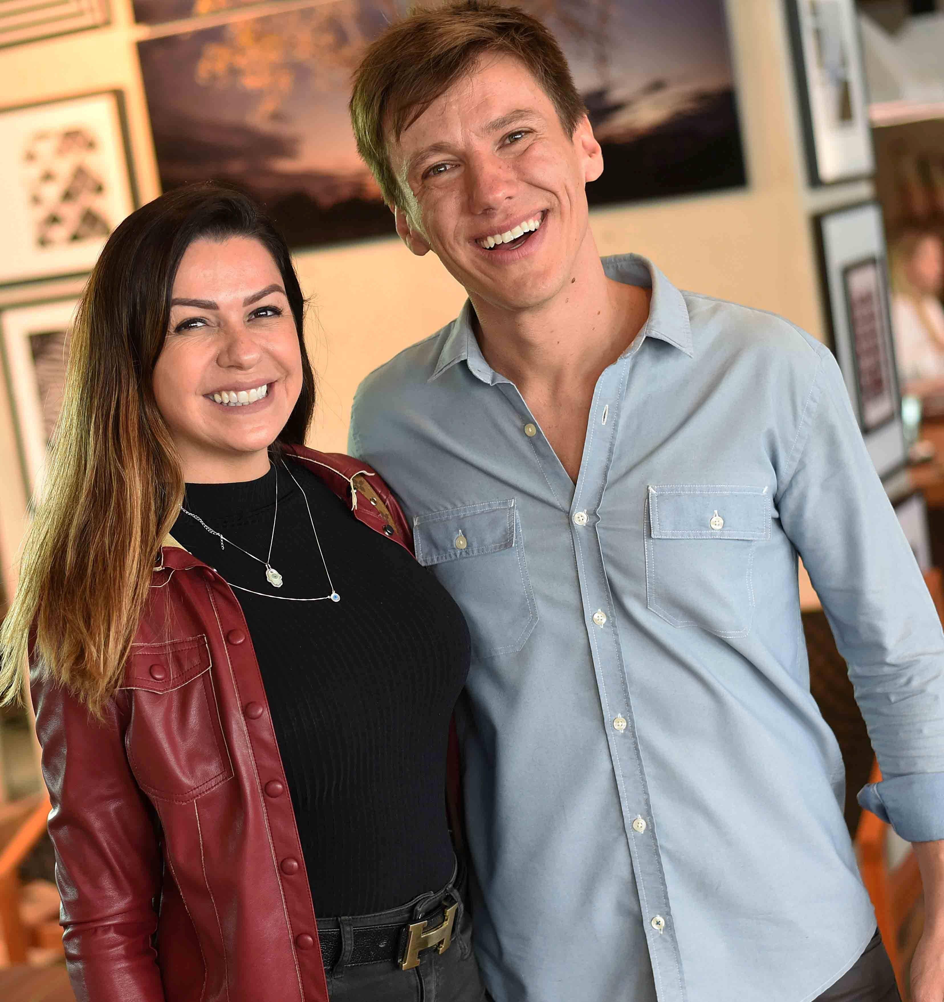 Amanda Ambrosio e Felipe Suhre  / Foto: Ari Kaye