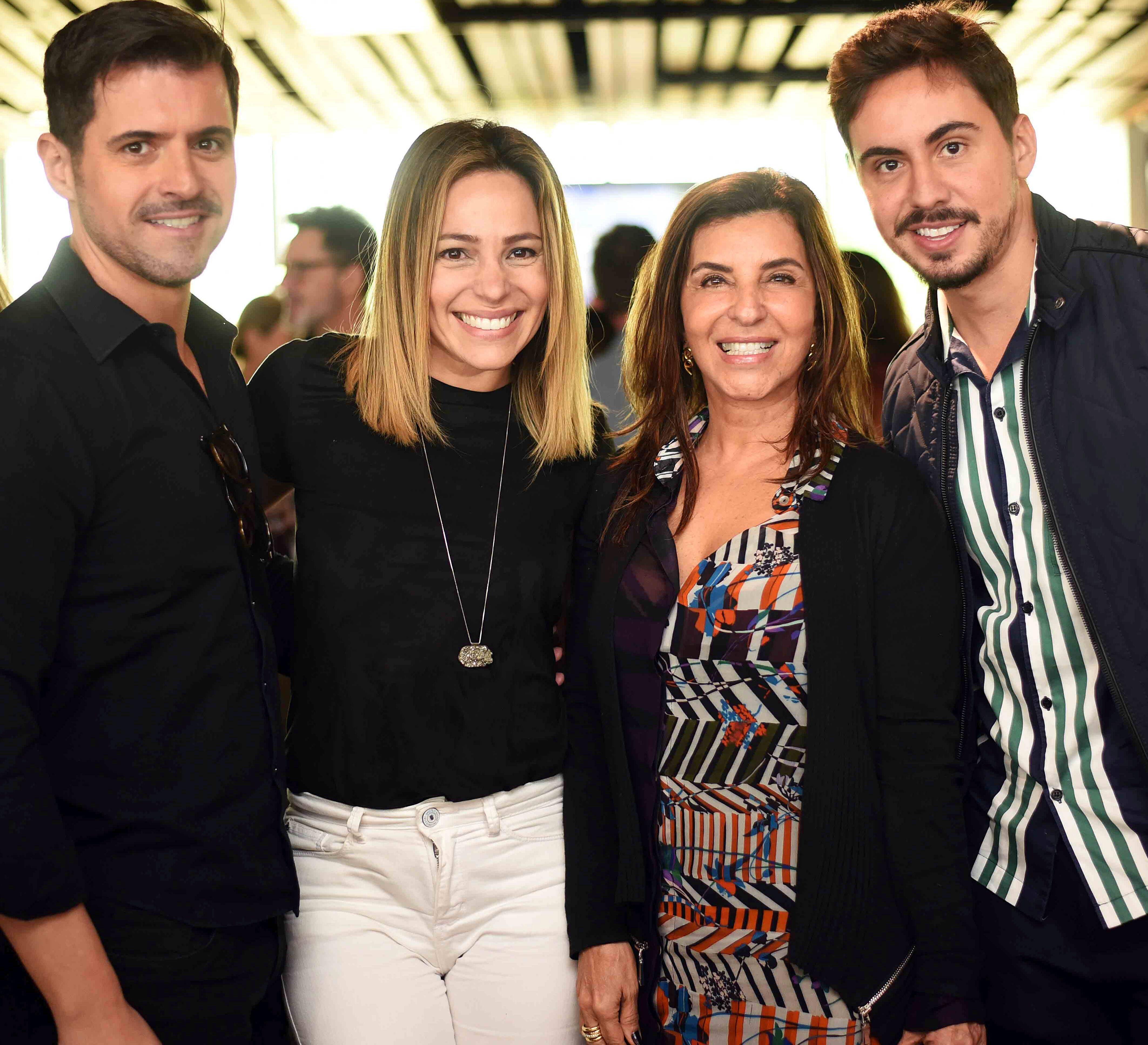 Rodrigo Barbosa, Teka Mesquita, Lenora Lohrisch e Bernardo Gaudie  / Foto: Ari Kaye