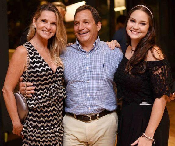 Sandra, Nelson e Gabriela Molina