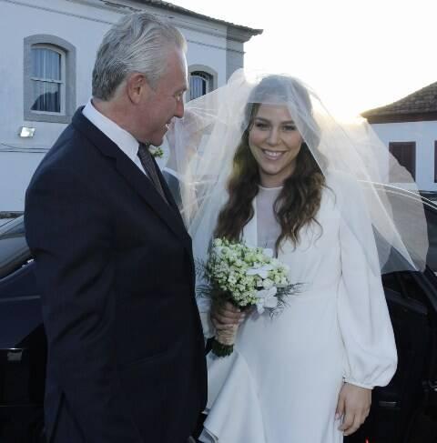 A noiva Catharina com o pai, Caco Johannpeter