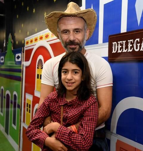 Daniel Gonzaga com a filha, Clara