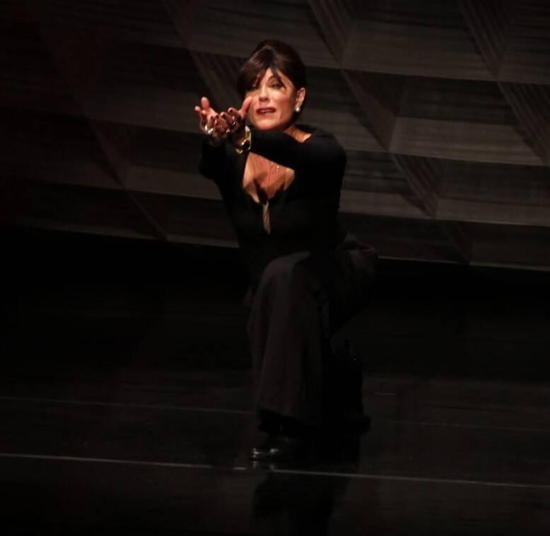 Christiane Torloni em cena /Foto: Leandro Menezes