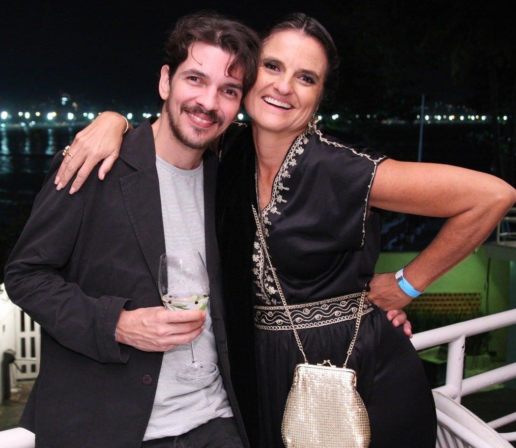 Leonardo Siqueira e Bia Nunes  - Fotos: Vera Donato
