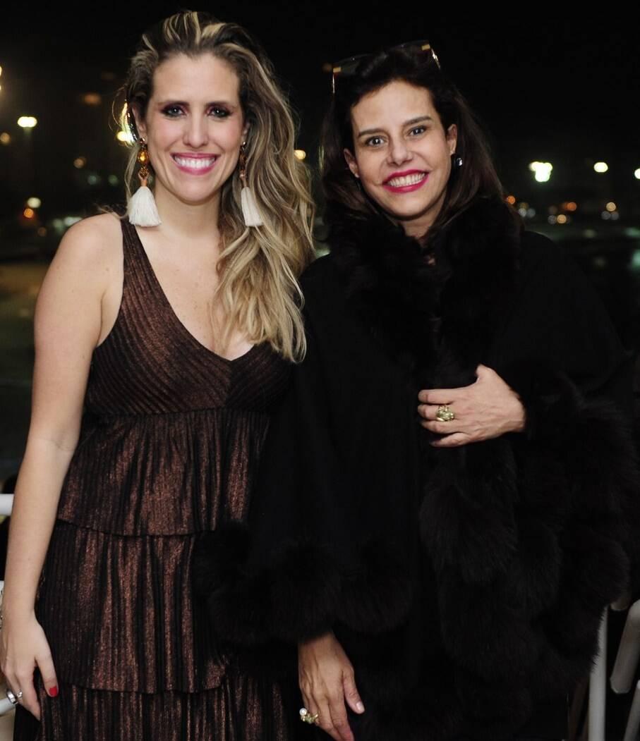 Bruna Barros e Narcisa Tamborindeguy  - Fotos: Vera Donato