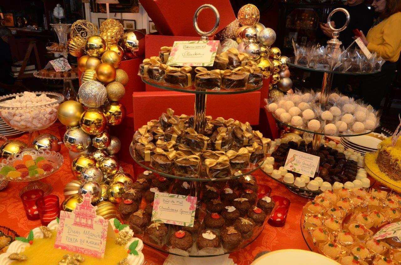 Mais da mesa de doces e bolos  /Foto: Marco Rodrigues