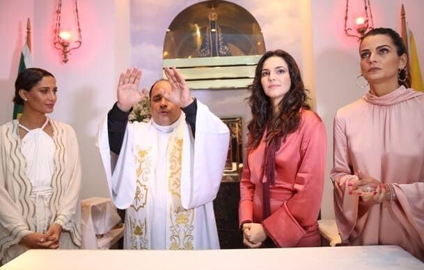 Camila Pitanga, Padre Omar, Tainá Müller e Fernanda Motta