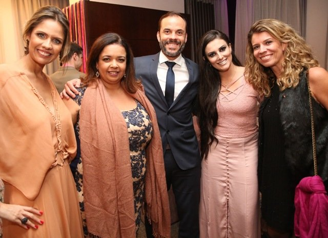 Daniela Oscar, Marcelle Medeiros, Fábio Daneto, Mary Ann e Bianca Salaberry