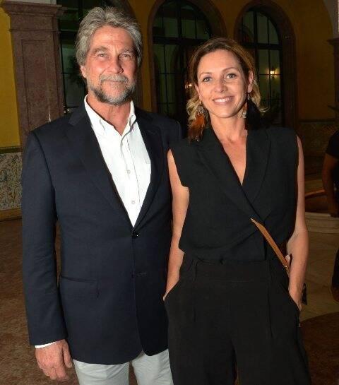 O casal João de Orleans e Bragança e Claudia Melli