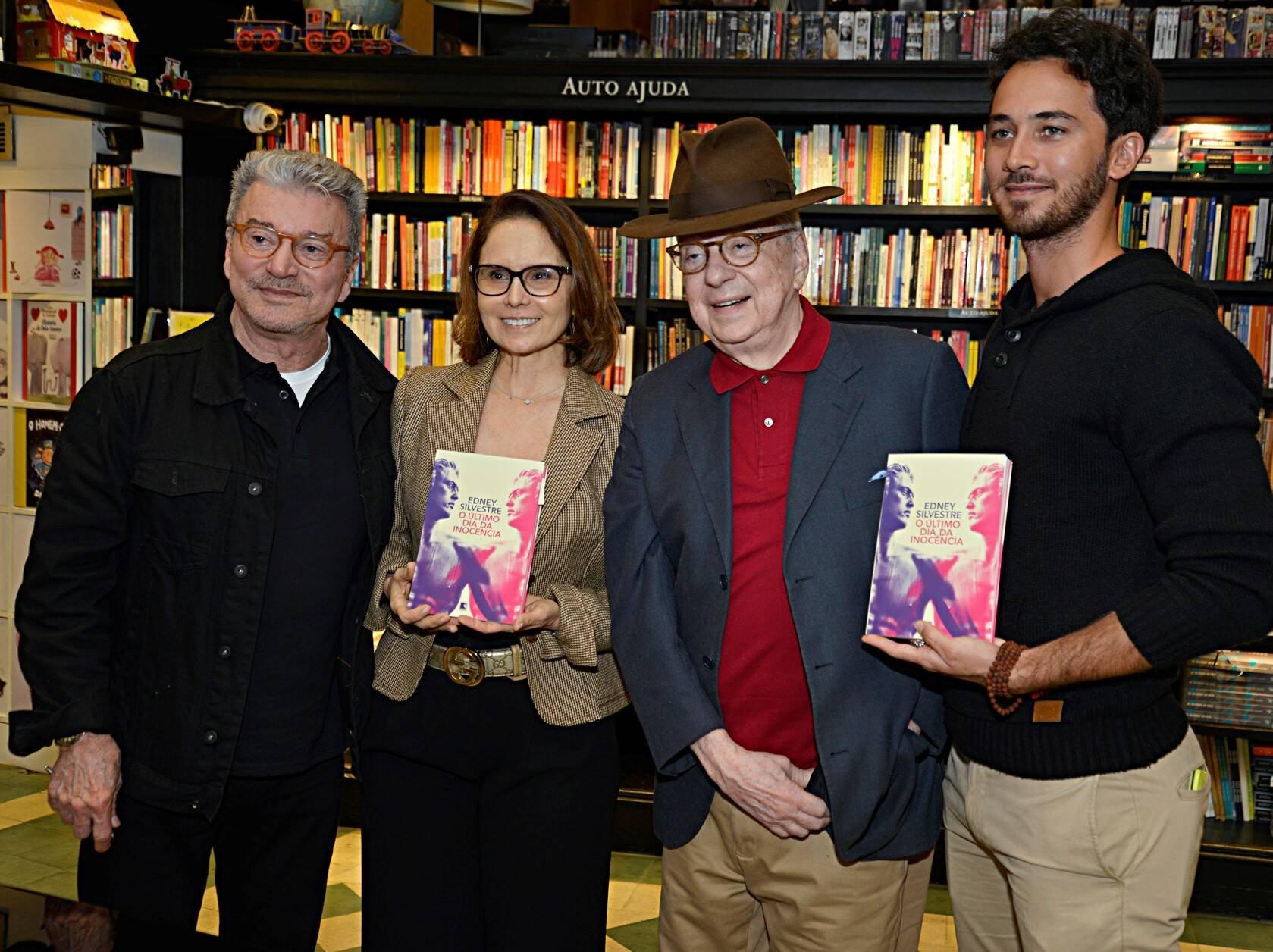 Edney Silvestre, Monica Morel, Renato Machado e Gabriel Falcão  /Foto: J Egberto