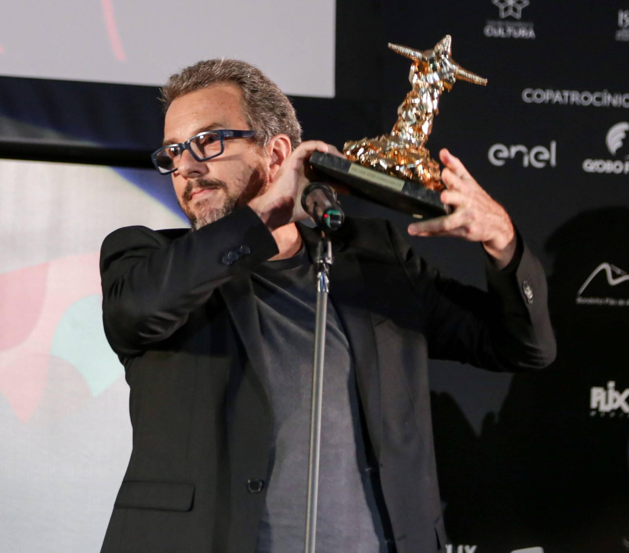 Augusto Madeira recebeu o prêmio de melhor ator coadjuvante /Foto: Davi Campana