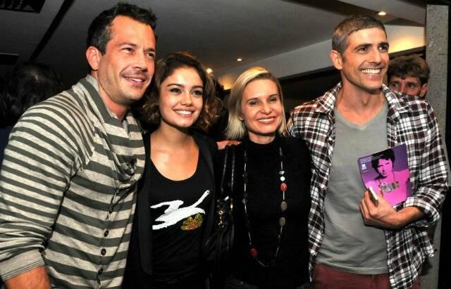 Malvino Salvador e Sophie Charlotte com Paula Burlamaqui e Reynaldo Gianecchini