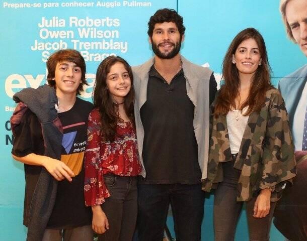 Fernanda Mader e Dudu Azevedo com Manu e Pedro Scott