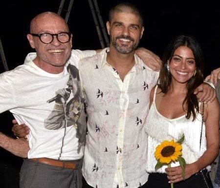O diretor Gilberto Gawronski com o ator Bruno Cabrerizo  e a namorada, Carol Castro